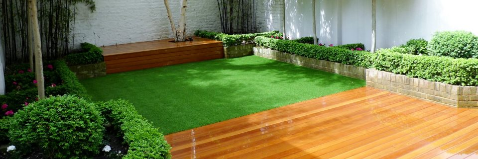 A perfect-looking lawn every single day of the year!